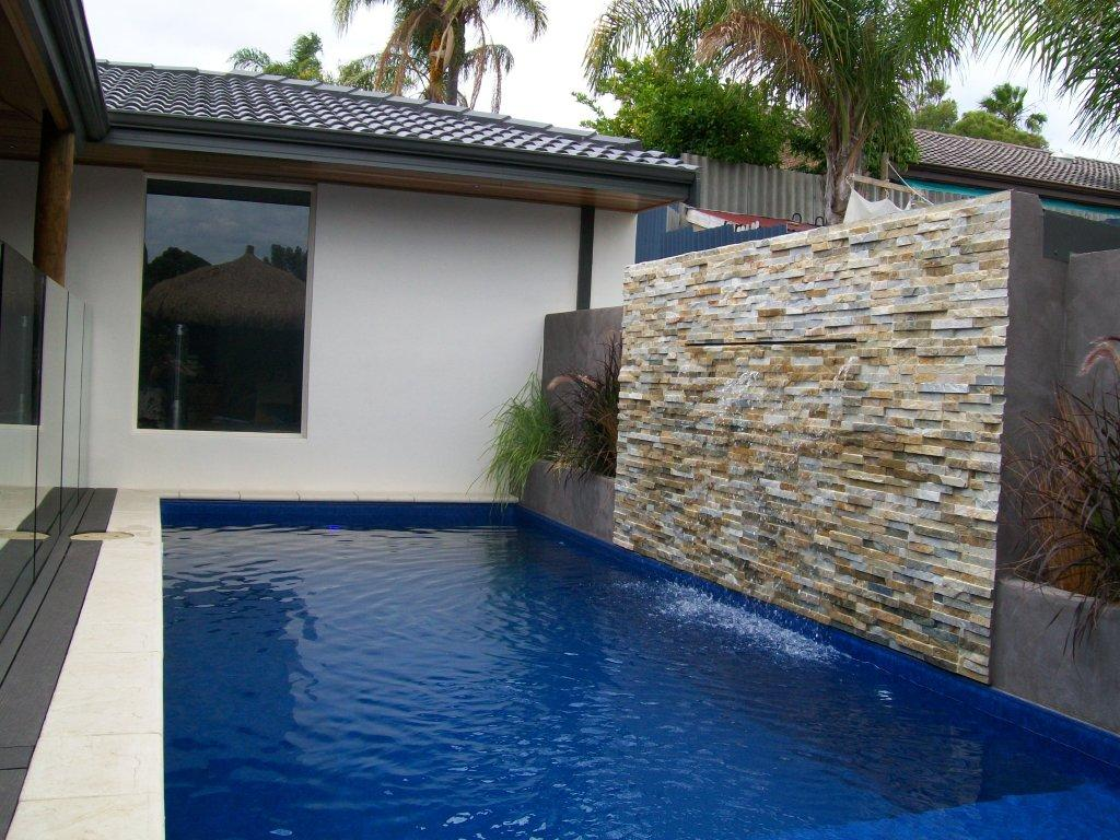 Complete diy water feature kit for waterwall casade for How to build a water feature wall